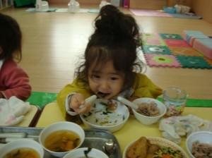 お野菜食べてるよー!